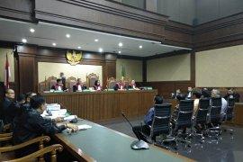 Pengusaha dan advokat penyuap hakim dituntut 5 dan 4 tahun penjara