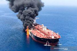 Tanker Jepang yang diledakkan berlabuh di lepas pantai UAE