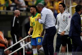 PSG jual Neymar
