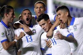 Hapus takhayul, timnas Brasil kenakan kaus putih