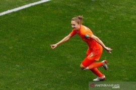 Tundukkan Kamerun 3-1, Belanda amankan tiket 16 besar