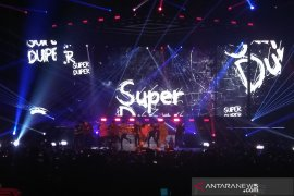 "Wah, Super Junior tampil energik di ""Super Show 7S"" Indonesia"
