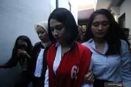 Vanessa Angel dituntut enam bulan penjara