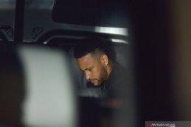 PSG siap jual Neymar jika harga cocok