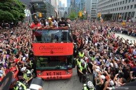 Dua juta pendukung menyambut kemenangan Raptors