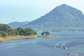 DPR RI minta masyarakat jaga kualitas air Waduk Jatiluhur