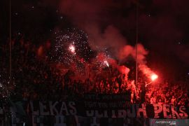 LIB-PSSI rancang sanksi kehadiran suporter di stadion