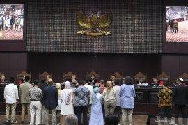 Hakim MK minta bukti untuk konfrontasi kesaksian Agus Maksum