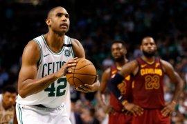 Horford tolak tawaran 30,1 juta dolar Boston Celtics