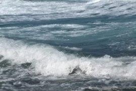 BMKG: Gelombang tinggi 2,5 meter bayangi sejumlah laut di Maluku