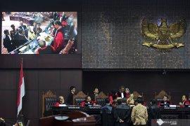 Pengamat: Jokowi dan Prabowo tidak perlu bertemu sebelum putusan sidang
