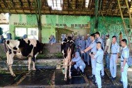 Mahasiswa Polbangtan Bogor belajar bioteknologi pertanian di  PT Dafa Tekno Agromandiri
