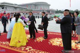 "Korea Utara rayu China:  ""Saya Cinta Engkau, China"""