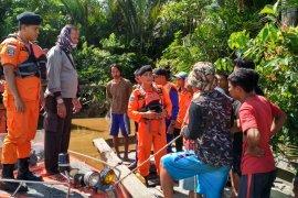 SAR Pontianak: Balita korban tenggelam di sungai belum ditemukan