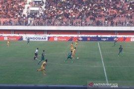 Diwarnai insiden, PSS Sleman tahan Bhayangkara FC 1-1