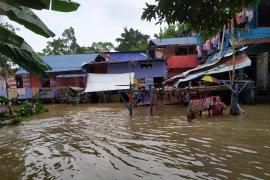 Ratusan rumah di Kota Medan terendam banjir