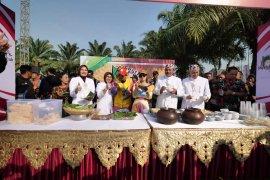 "Festival Pecel Pincuk semakin kuatkan ikon Kota Madiun sebagai ""Kota Pecel"""