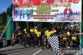 Polda Maluku gelar gowes sinergitas bersama TNI dan masyarakat di SBB