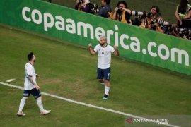 Argentina lewati Qatar untuk melaju ke perempat final