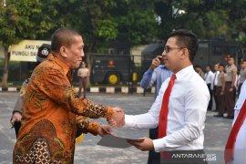 Alfamart beri penghargaan Polres Bogor karena berhasil tangkap perampok