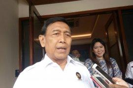 Wiranto: Tidak ada izin demonstrasi di sekitar MK