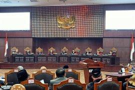 MK tolak seluruh permohonan pasangan Prabowo-Sandiaga