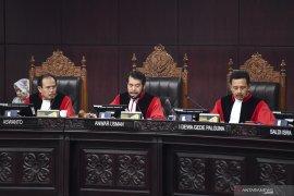 Hakim MK nilai kecurangan pemilih bawah umur dan data ganda tak beralasan