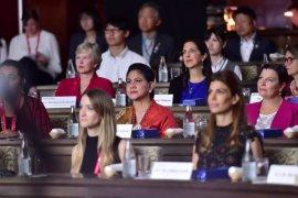 Iriana Joko Widodo ikuti simposium lingkungan hidup di Osaka