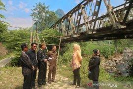 Purwakarta alokasikan anggaran Rp11 miliar  bangun jembatan di wilayah terpencil