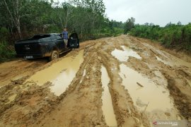 Tuntut infrastruktur, warga Ketungau ancam golput