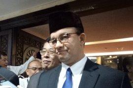 Gubernur Anies rencanakan PNS Pemprov DKI gunakan baju Persija