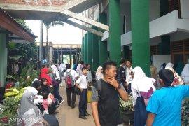 Ratusan siswa baru mendaftar ke SMK 1 Bengkulu
