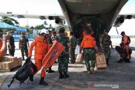 Pangdam XVII Cenderawasih semangati tim pencari helikopter MI 17