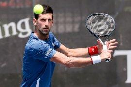 Djokovic lewati rintangan pertama Philipp