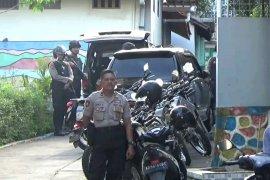 Densus 88 tangkap SA terduga teroris di Magetan
