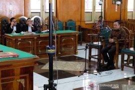Bupati Nonaktif Pakpak Bharat Remigo Berutu dituntut 8 tahun penjara