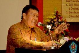 Sekda Denpasar apresiasi, Unud luncurkan buku  karya 24 dosen