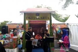 Stan DKI Jakarta bagi kuis berhadiah di pameran STQN XXV