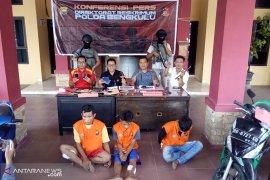 Polda Bengkulu tangkap DPO spesialis pecah kaca lintas provinsi