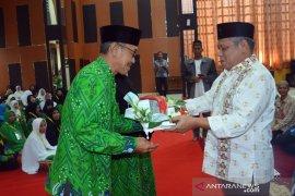 Bupati Kubu Raya  lepas 327 jemaah calon haji