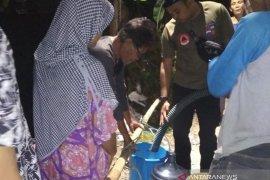 BPBD Kota Bogor salurkan 5.000 liter air bersih bagi warga Kedunghalang