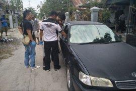 Komplotan pencuri dengan modus pecah kaca mobil dibekuk