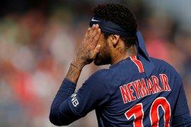 Neymar bolos latihan di PSG?