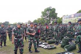 Waasops Kasad cek kesiapan pasukan Yonif R 142/KJ Pamtas RI-RDTL