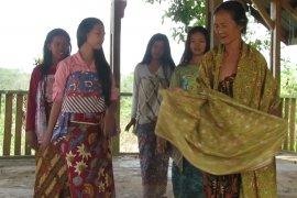 Tari Bedeti Suku Anak Dalam hampir punah, Teater Tonggak gelar pertunjukan