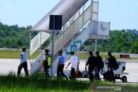 KPK bawa Gubernur Kepri ke Jakarta