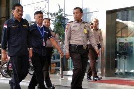 Gubernur Kepri Nurdin Basirun jalani pemeriksaan di KPK