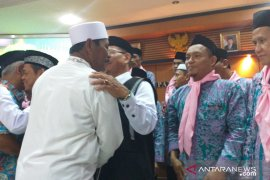JCH asal Belitung diminta perbanyak konsumsi buah-buahan