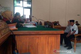 Mbah Pri divonis hukuman tiga tahun penjara terkait mafia bola