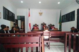 Empat terdakwa korupsi dana WFC Namlea  jalani persidangan